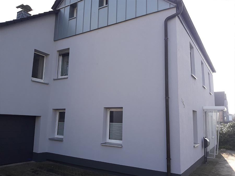 Wohngebäude verputzt durch Stuckateurmeister